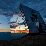 serfaus-fiss-ladis-crystal-cube-in-fiss-sonnenuntergang-c-andreas-kirschner